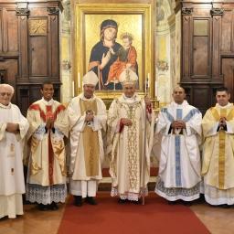 Bossche hulpbisschop heult met obscure priestersekte